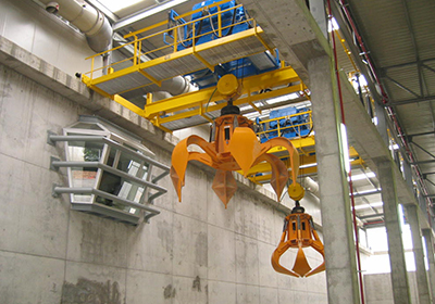 FULLY AUTOMATIC WASTE TREATMENT CRANE